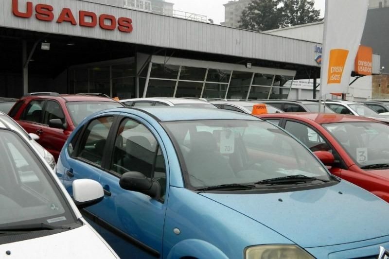 Precios de autos afectados por la restricci�n en Santiago