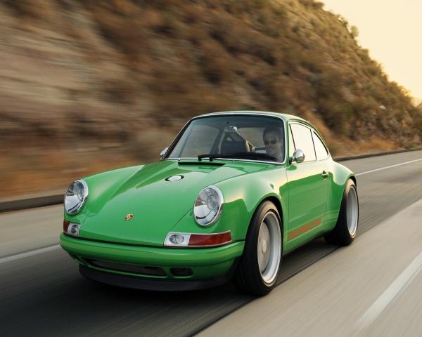 Especialistas aconsejan invertir en autos clasicos
