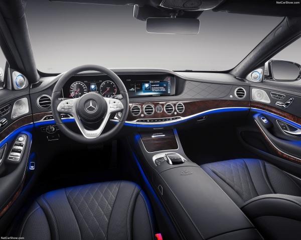 Geely y Daimler forman empresa de transporte de