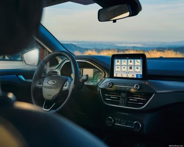 Estudio determina qué efecto en el ánimo produce escuchar música a bordo del auto