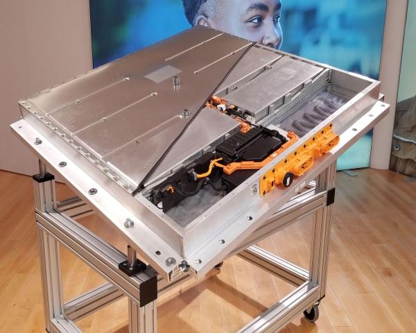 Honda investiga sobre baterías de iones de fluoruro