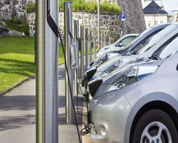 Vulnerabilidades en cargadores autos el�ctricos podr�an da�ar las redes el�ctricas