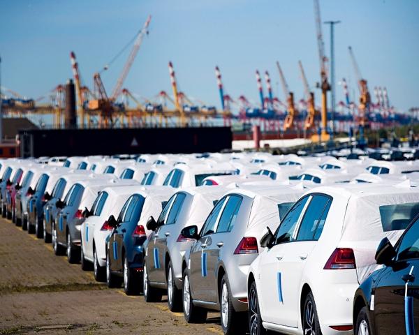Aranceles estadounidenses a vehículos europeos podrían afectar la economía mundial