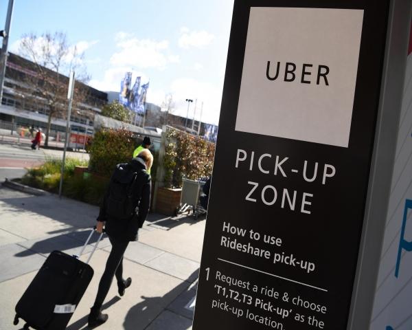 ¿Auto o monopatín? Uber quiere convertirse en el