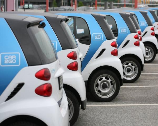 El 75% de las personas compartirían la propiedad de un vehículo