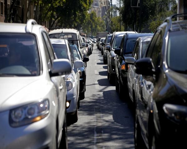 Un alto porcentaje de los chilenos que vende su auto lo hace para ahorrar