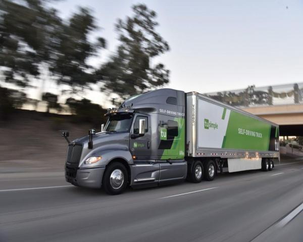 El Servicio Postal de EE.UU. inicia pruebas con camiones sin conductor