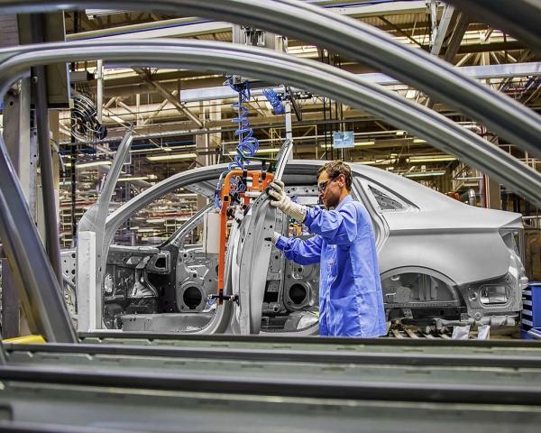 Producci�n automotriz en Brasil vive su mejor julio desde 2013 al subir 8,4 %