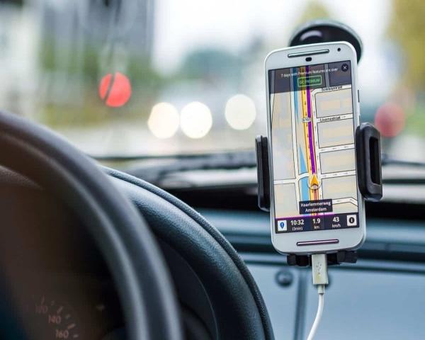 Google Maps amplía las indicaciones de ruta en transporte público con opciones de viaje compartido y en bicicleta