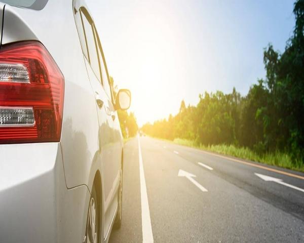 Seguros automotrices bajan 14% en promedio desde el estallido social
