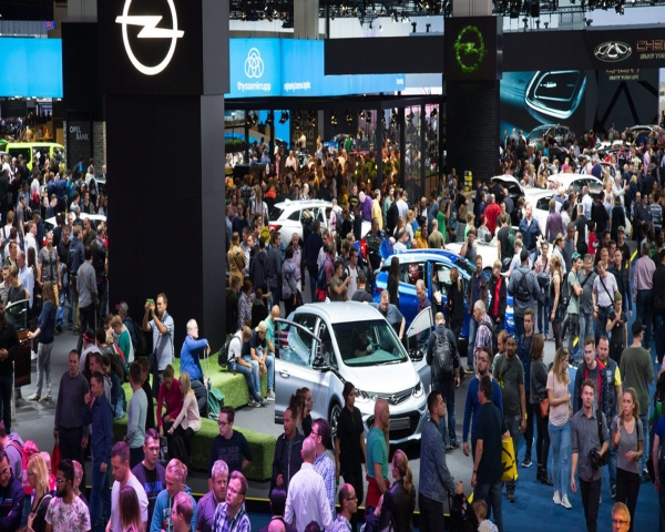 La producci�n de autos en Alemania cae a su nivel m�s bajo desde 1997