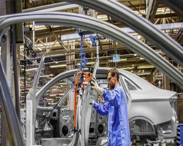 La producción de vehículos en Brasil cae 21,1 % en marzo por el coronavirus