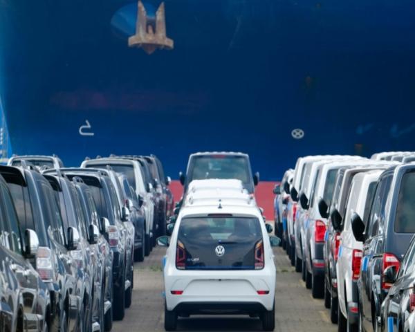 Las ventas de autos en Europa podrían caer este año hasta un 20%