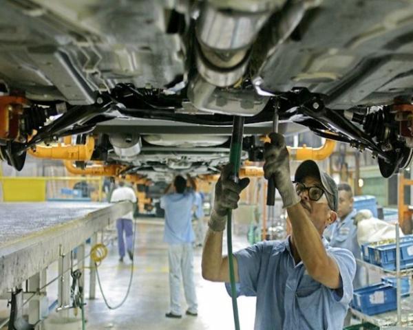 La producción de vehículos en Brasil da señales de recuperación en julio