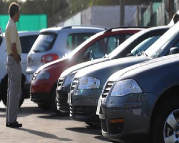 Por efecto cuarentena, mercado de autos usados se digitaliza y logra frenar la caída de su oferta