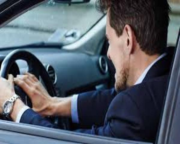 ¿Cómo es el consumidor de autos en e-commerce? Opel y Peugeot, líderes en esta tendencia, lo revelan