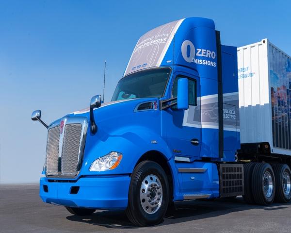 Toyota y Kenworth presentan un camión eléctrico movido por hidrógeno