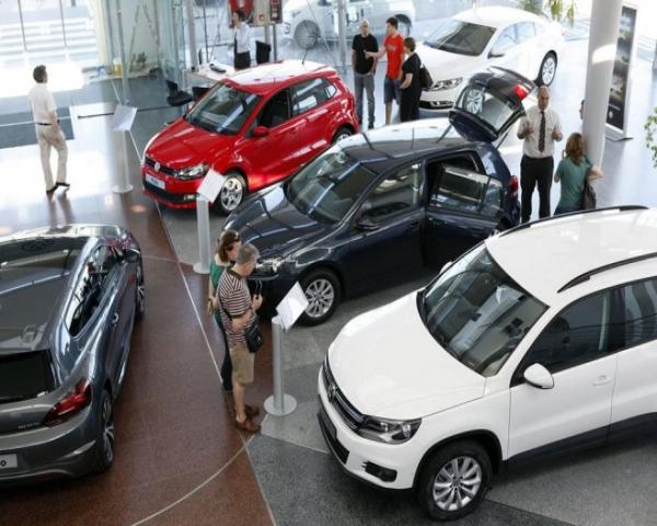 Concesionario de autom�viles, la interfaz necesaria entre los fabricantes de DMS y SI